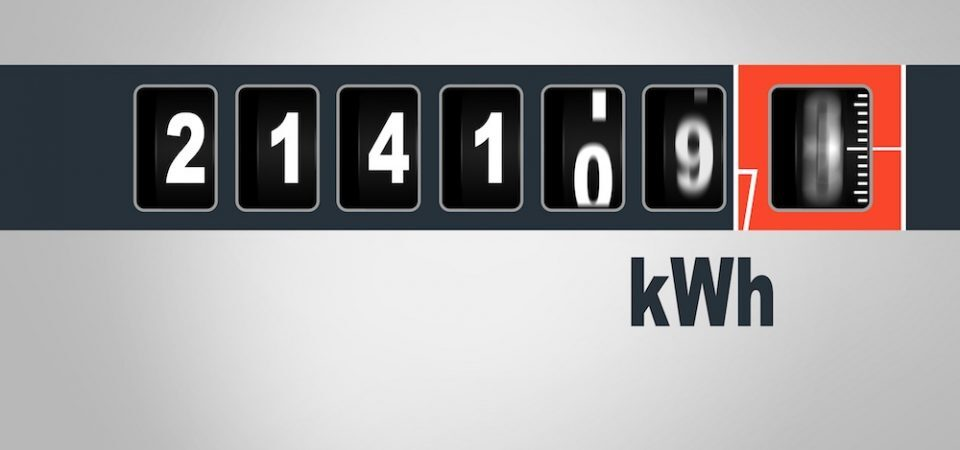 Number of kilowatt hour (kWh) indicated by the electricity meter